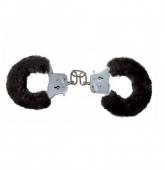 Металлические наручники с черным мехом Furry Fun Cuffs
