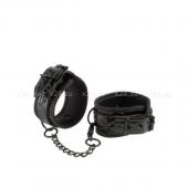 Прочные лакированные фиксаторы для рук с цепью Couture Cuffs