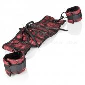 Дизайнерский корсет с фиксирующимися оковами SCANDAL Corset With Cuffs