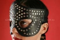 Чёрная кожаная маска