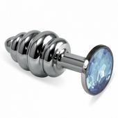 Средняя рельефная серебряная пробочка с голубым кристаллом