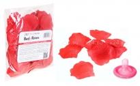 Красные лепестки роз Bed of Roses