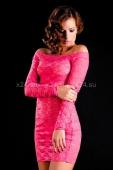 Кружевное розовое платье с длинным рукавом